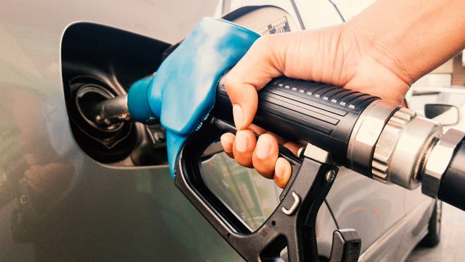 Cincinnati gas prices are back up. Prices in the Queen City have risen 11.6 cents per gallon in the past week, averaging $2.77 a gallon on Monday, according to GasBuddy.